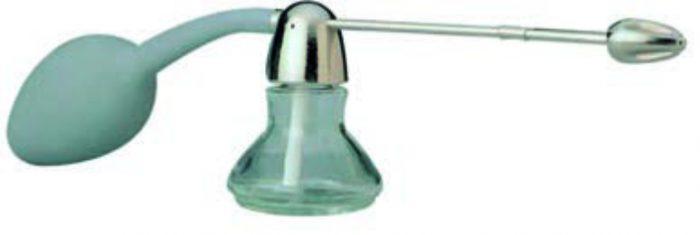 Zerstäuber zum Auftragen von flüssiger Kosmetik